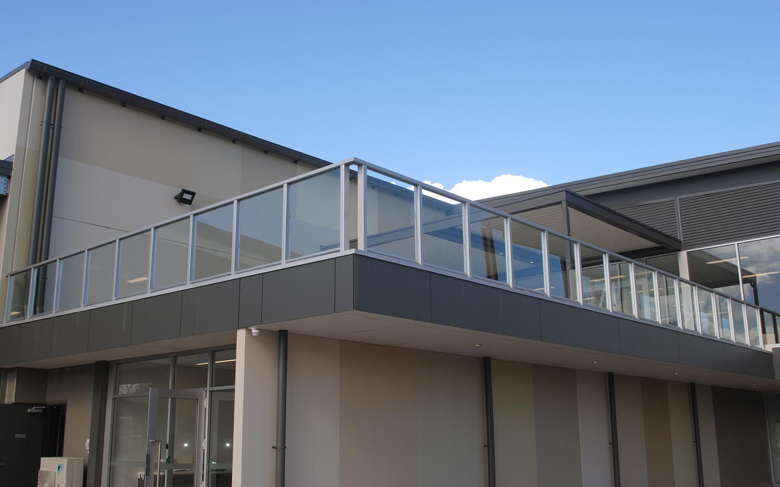 commercial-balustrades-1