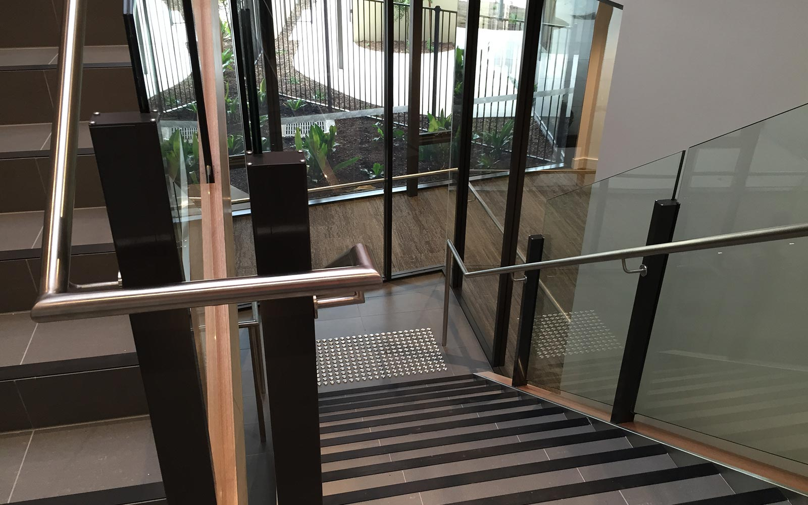 commercial-balustrades-22