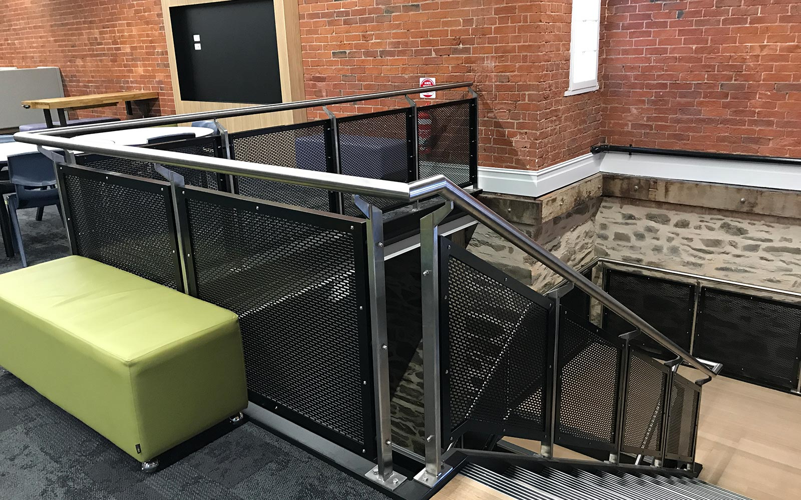 commercial-balustrades-23