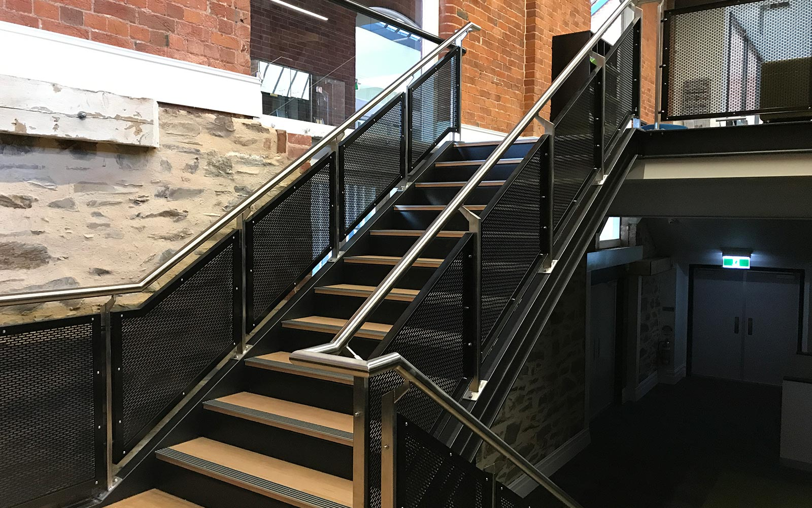 commercial-balustrades-25