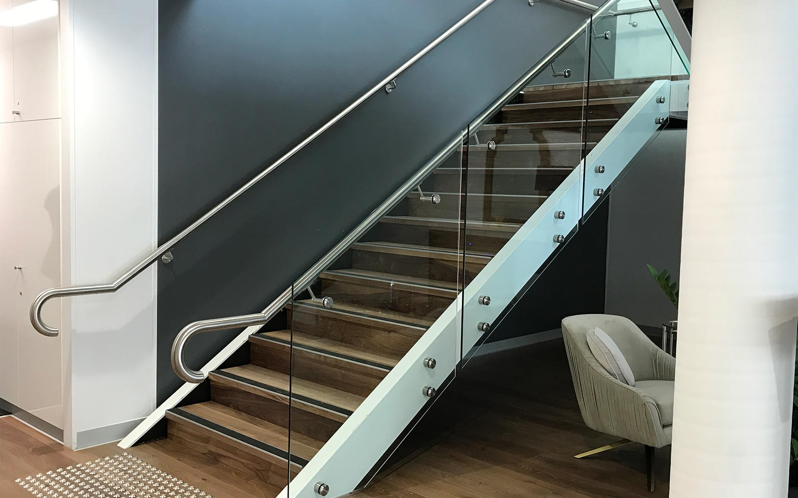 commercial-balustrades-5