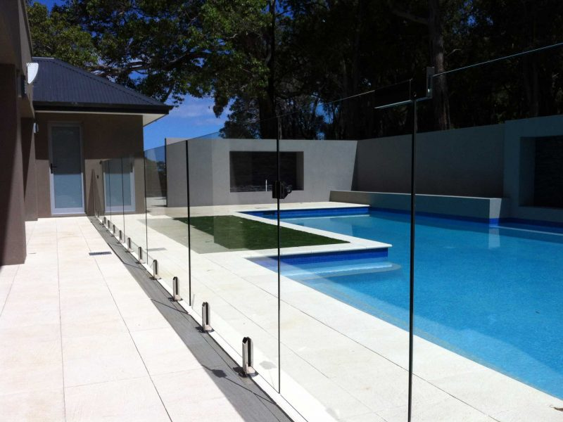 spigot-pool-fence